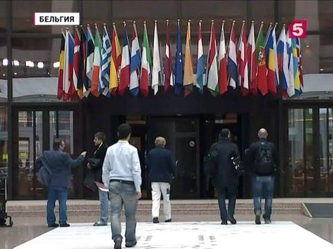 От Афин ждут предложений. В Брюсселе стартует экстренный саммит ЕС