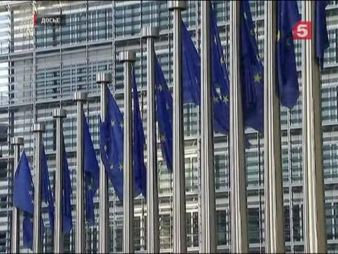ЕС продлил на год санкции против 146 граждан России и Украины