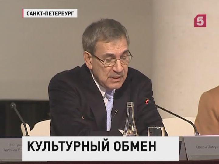 Турецкий писатель Орхан Памук стал почетным доктором СПБГУ