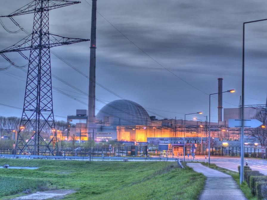 На 5 АЭС на севере Германии была проведена эвакуация персонала