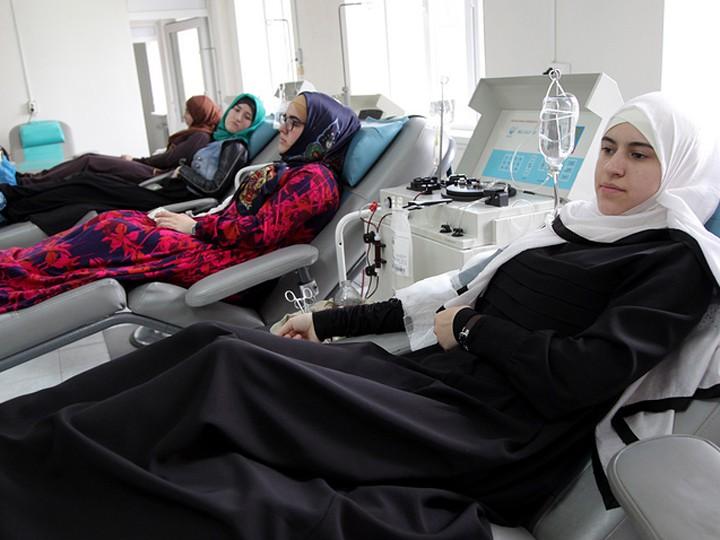 ВДагестане сдали кровь для пострадавших втеракте вПетербурге