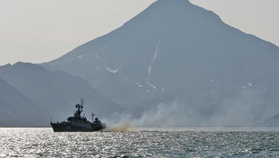 Корабли иавиация ТОФприсоединись кпоискам пропавшего уберегов Камчатки катера