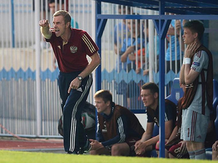 Тренер вратарей сборной России пофутболу избит иограблен вМоскве