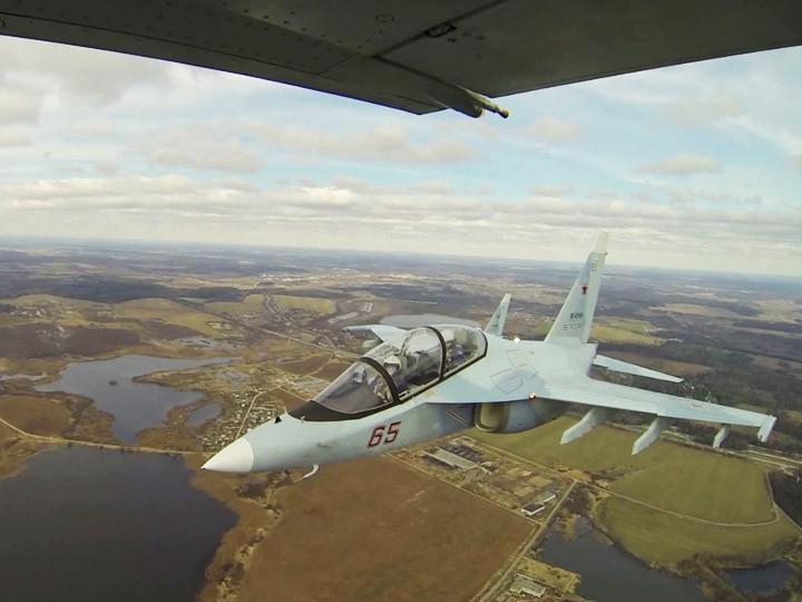 ВКС России готовятся ктренировочным полетам над Красной площадью ВИДЕО