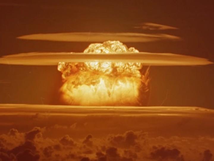 США рассекретили видеосъемки своих ядерных испытаний