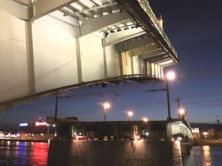 Литейный мост готовится отметить 50 лет содня открытия после глобальной реконструкции