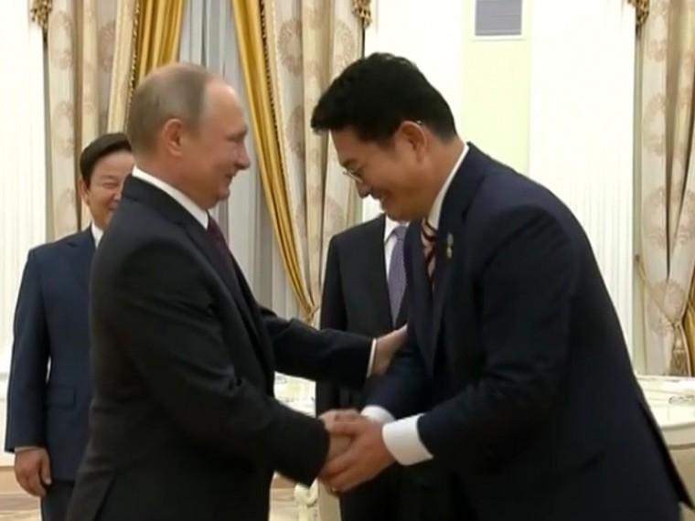 Спецпредставитель Южной Кореи передал Владимиру Путину послание онамерениях правительства страны
