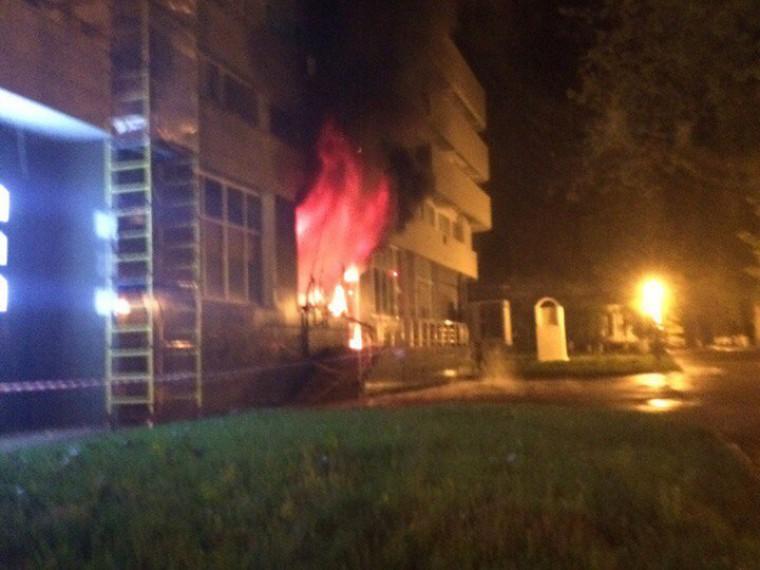 ВМосковской области людей эвакуировали изгостиницы из-за пожара