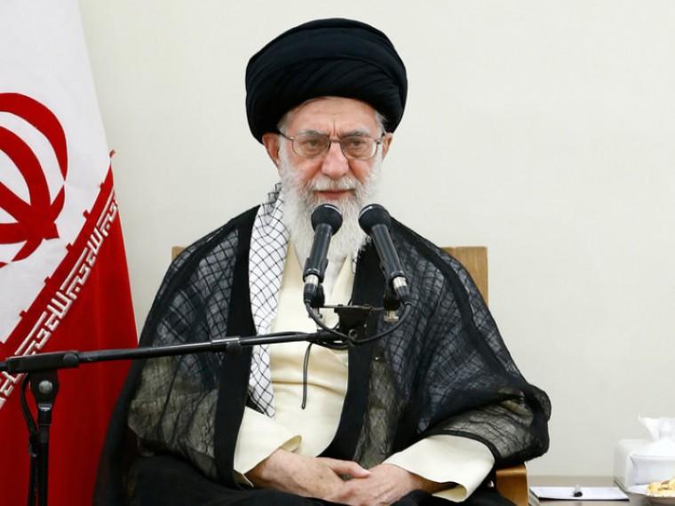 Лидер Ирана назвал власти Саудовской Аравии «недостойными людьми», сблизившимися с«врагами ислама»