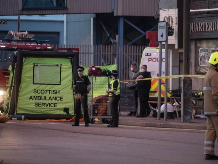 ВШотландии пятеро полицейских госпитализированы из-за контакта сасбестом