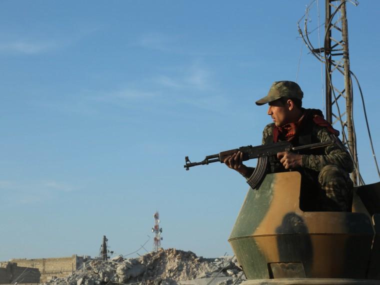 Сирийская армия вступила вбой сарабо-курдскими отрядами