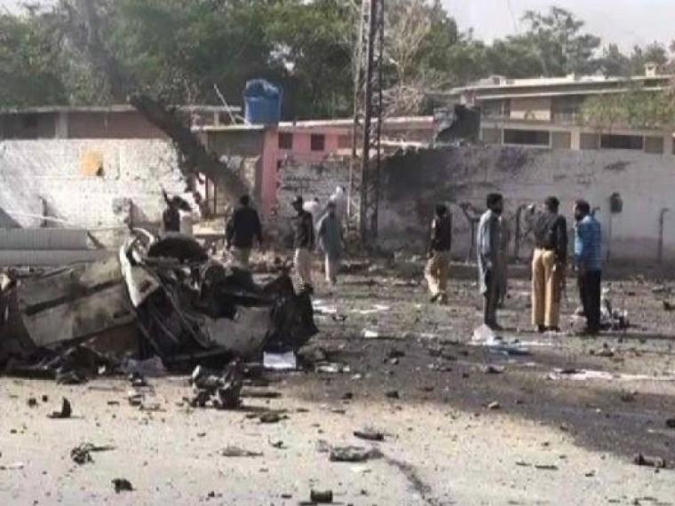 Врезультате серии взрывов вПакистане погибли 50 человек
