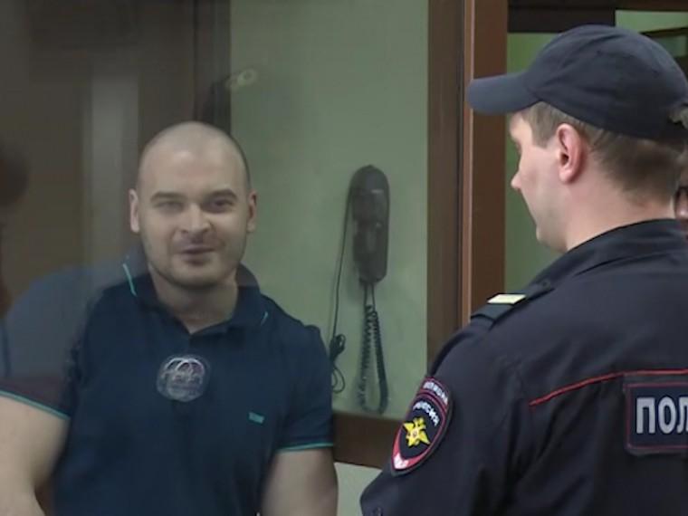 Всуде Максим Марцинкевич назвал себя «гопником-писателем» исравнил сДостоевским