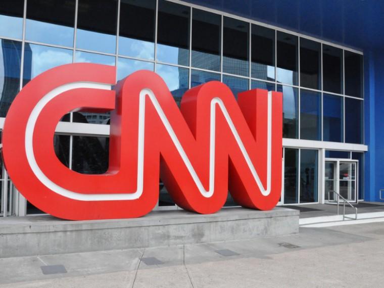 CNN ненакажет сотрудника закритику новостей о«связях» Трампа сРоссией