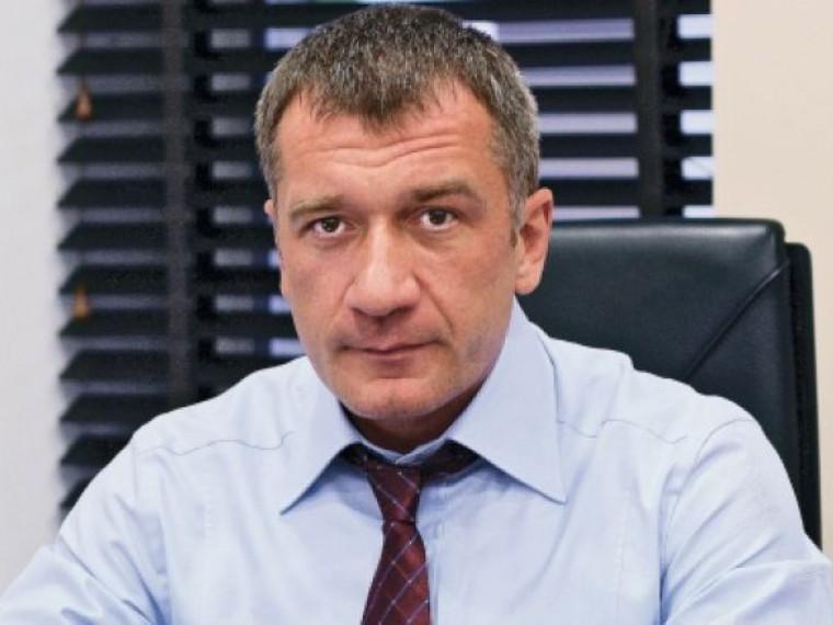 Наказание заизмену— депутат Владимир Петров сделал очередное громкое заявление