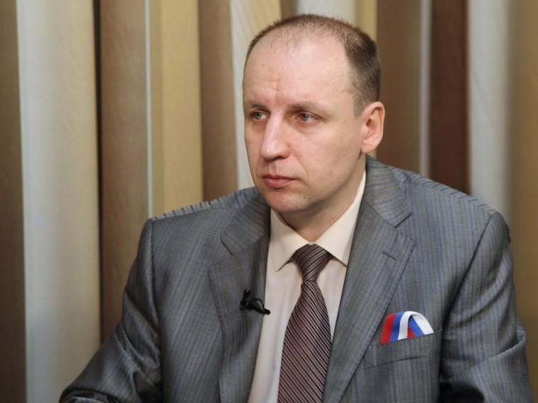 «Порошенко пытается оправдать всё тоскотство, что происходит наУкраине»— эксперт