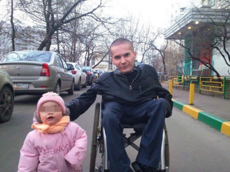 Чиновники идепутаты намерены добиваться освобождения осуждённого заразбой инвалида-колясочника