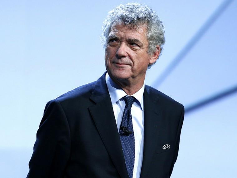 Вице-президент FIFA иUEFА Анхеля Мария Вильяра арестовали поподозрению вкоррупции