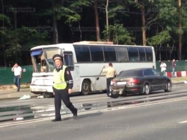 Полиция возбудила дело пофакту ДТП наВолоколамском шоссе