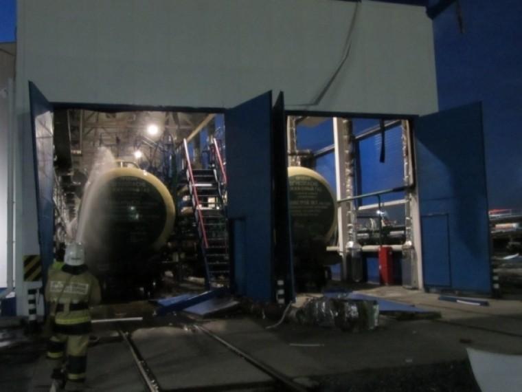 Опубликованы первые фотографии сместа взрыва газа вТобольске