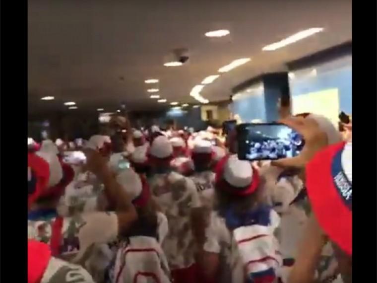 Науниверсиаде вКитае сборная России хором спела «Катюшу» исняла это навидео