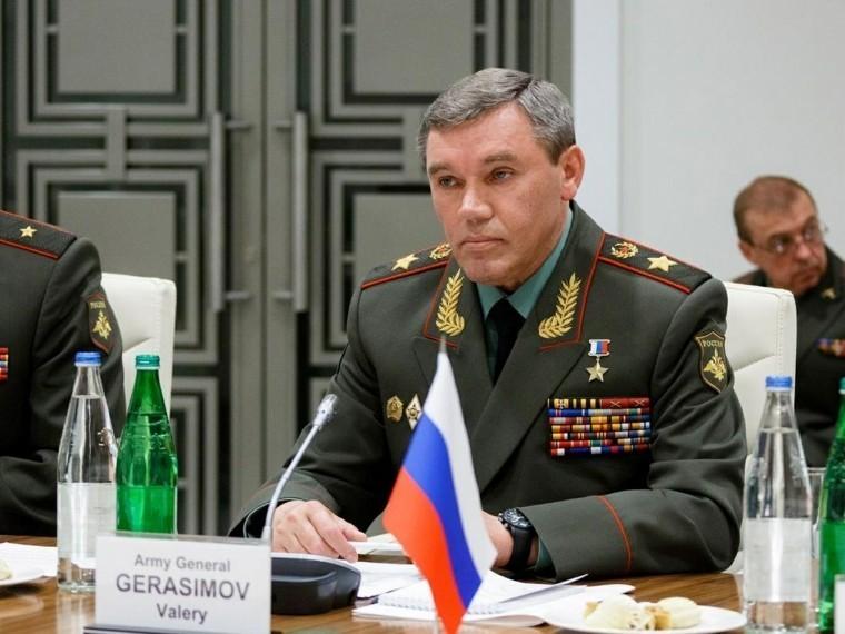 Глава Генштаба российских войск сообщил гавкому НАТО оначале учений «Запад-2017»