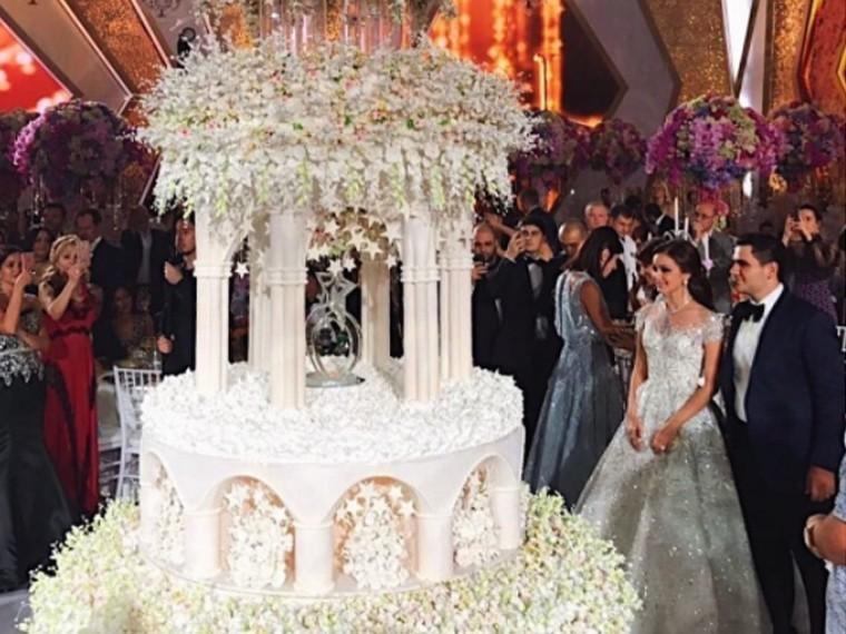 Российские звезды отожгли нароскошной свадьбе сынамиллиардера Карапетяна