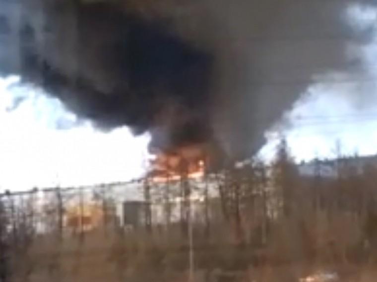Пятый канал публикует кадры сильнейшего пожара вНорильске