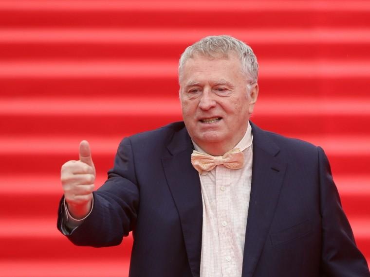 Жириновский предложил штрафовать заболевших гриппом депутатов