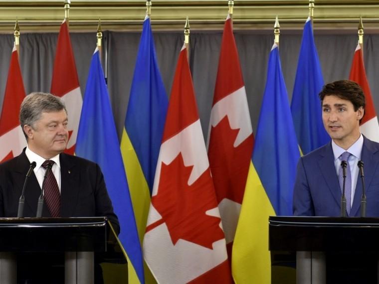 Порошенко планирует перенять миротворческий опыт «канадских друзей»