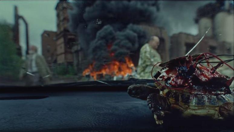 Вновом клипе Оксимирона вскрыли, заминировали иотправили взрывать робопаука