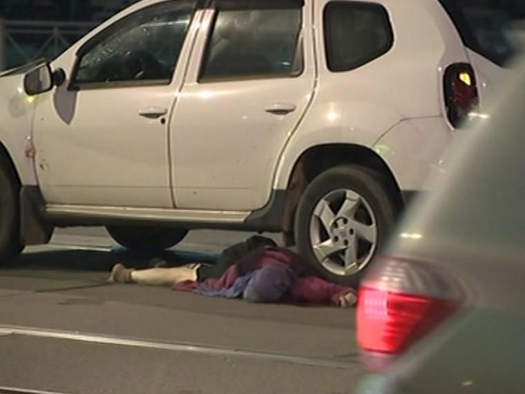 ВПетербурге водитель незаметил женщину напешеходном переходе