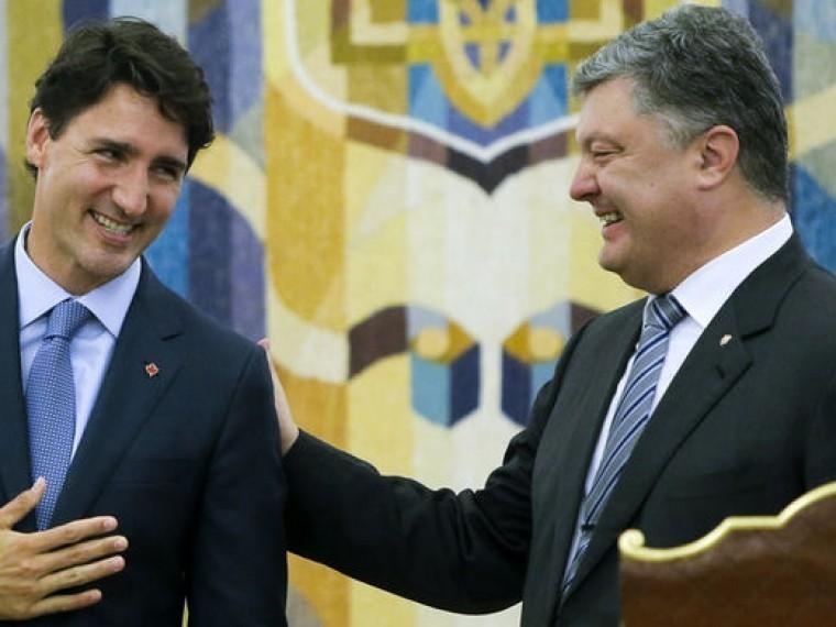 Канада пообещала помочь Украине, нотолько пословам Порошенко