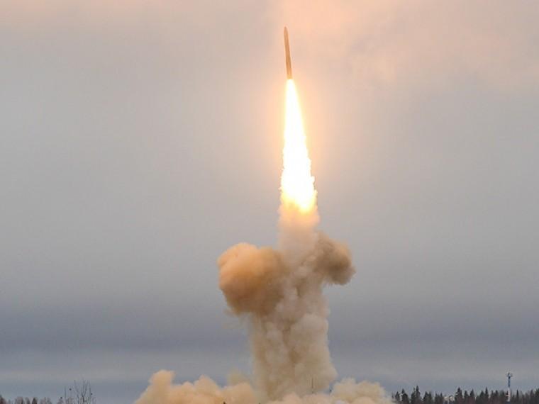 Российские военные успешно запустили ракету«Тополь-М»