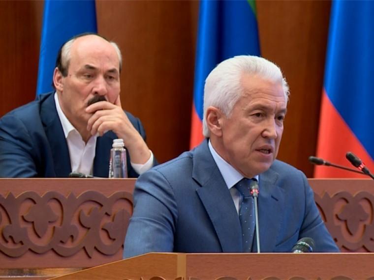 Владимир Васильев официально представлен исполнительной изаконодательной власти Дагестана