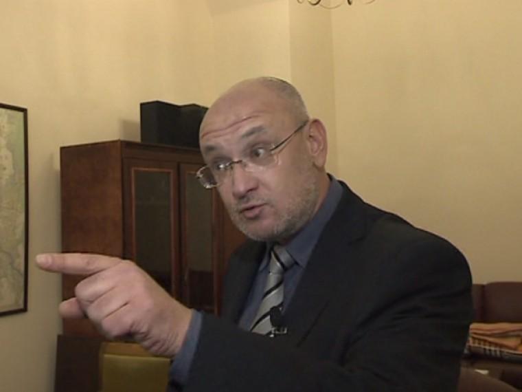 Вдепутатском рэп-баттле победил Максим Резник