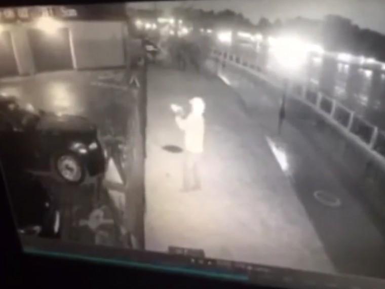 Неизвестные вКалининграде сожгли Rolls-Rоусе бизнесмена Владимира Кацмана