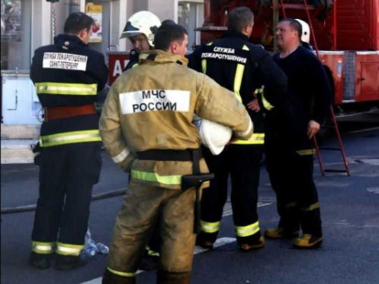 Столичный ТЦ«Рублевский» эвакуируют из-за возгорания накрыше