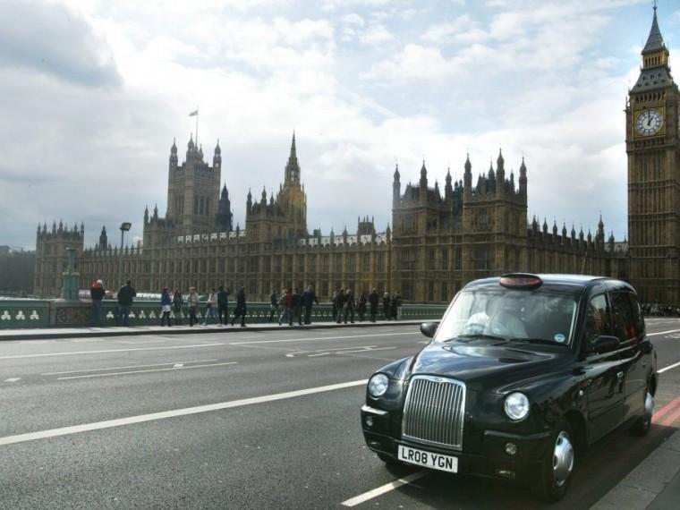 Британские автомобилисты будут платить по10 фунтов вдень завъезд вцентр Лондона