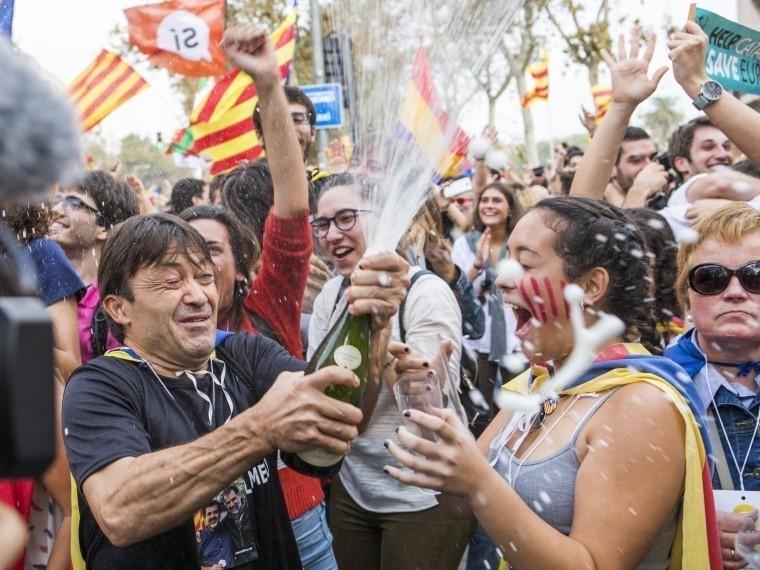 Корсика приветствует независимость Каталонии