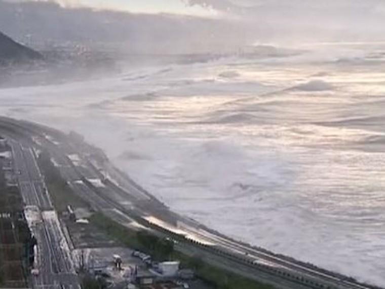 Более 50 авиарейсов отменены вЯпонии из-за тайфуна «Саола»