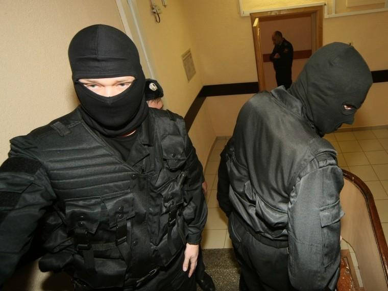 СМИ: ВПетербургеобыскивают банк «Гефест»