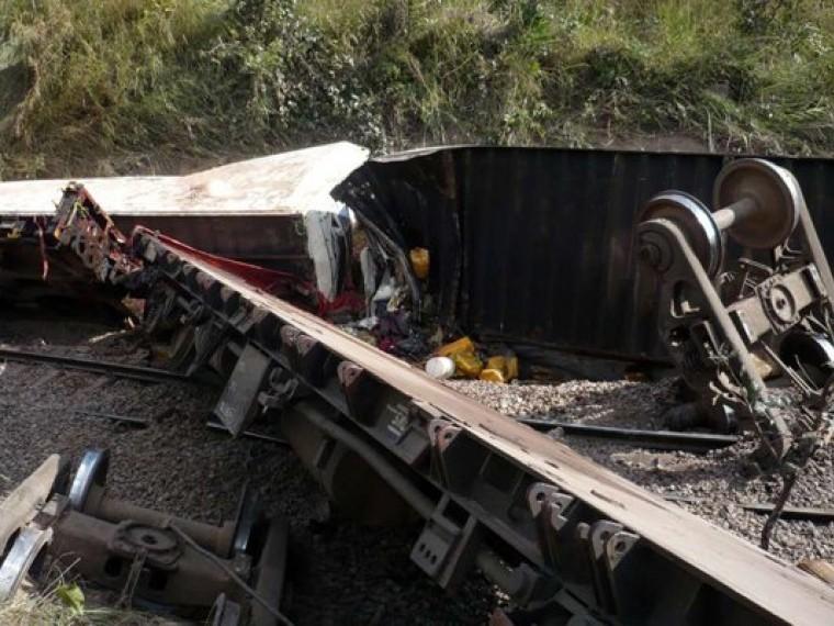 Пятый канал публикует фото сместа крушения поезда вКонго