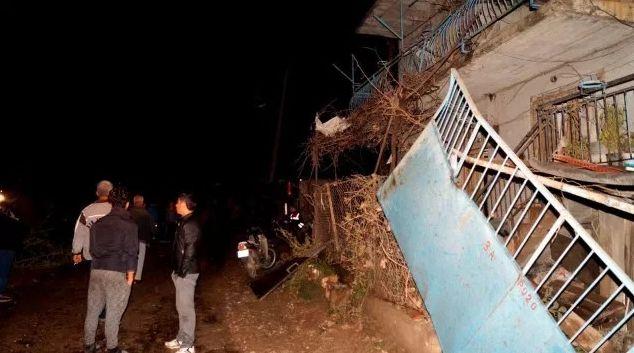 Из-за смерча вАнталье пострадали 25 человек