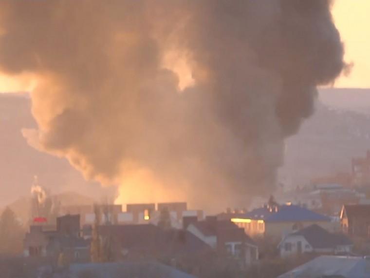 При пожаре наскладе лакокрасочных материалов вВолгограде погибла женщина