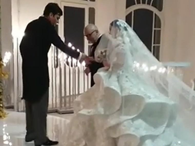 Опубликовано видео пышной свадьбы экс-участников «Дома-2» Саши Артемовой иЖениКузина