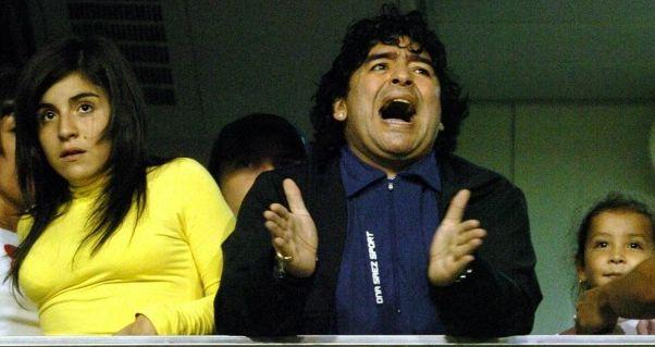 Ареста собственной дочери достигает Марадона