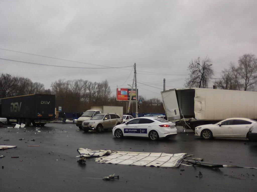 ВНижнем Новгороде случилось массовое ДТП