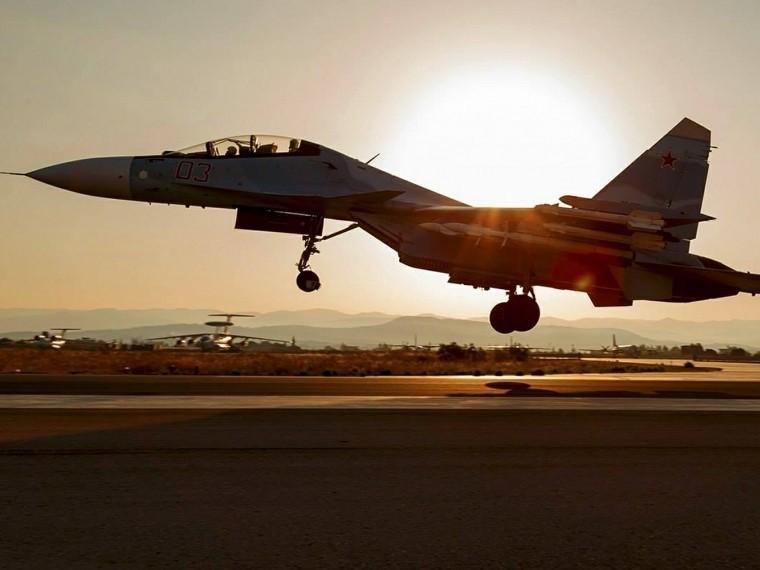 Истребитель пятого поколения Су-57 совершил первый полет нановом двигателе