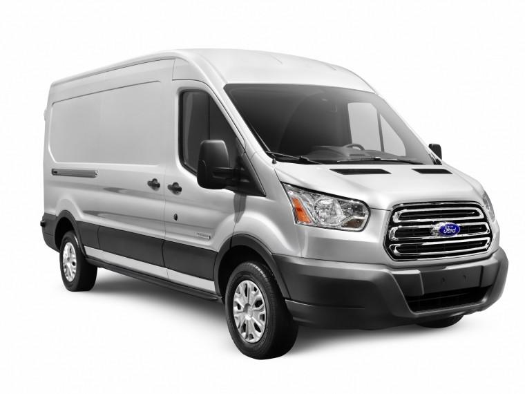 Притормози, Transit! Компания Ford отзывает больше13 тысяч популярных микроавтобусов